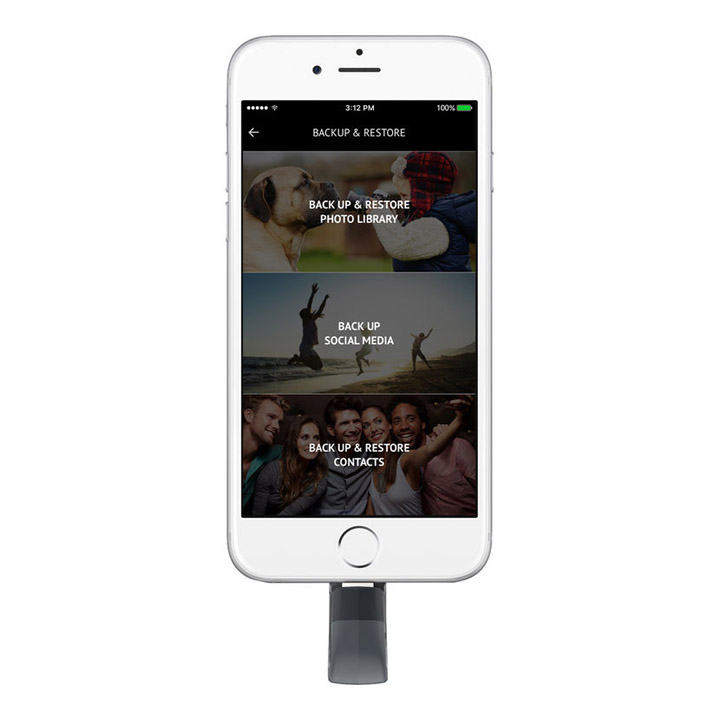 SanDisk iXpand Flash Drive for iPhone iPad